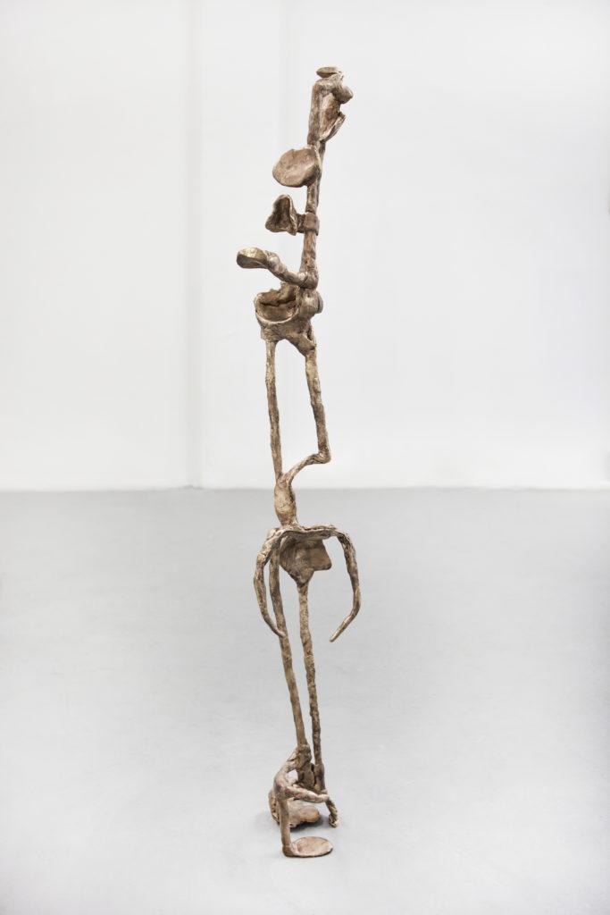Der Denker - eingeschlafen, 2018, Bronze, 126 x 20 x 30 cm (Foto: Yeonho Jang)