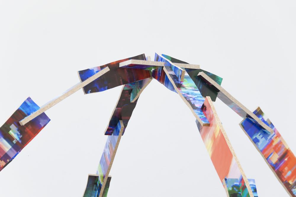 Lost VOBs, 2014, Spanplatte, DIgitaldruck, 230cm x 230cm x 230cm